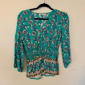 Mi Ami Floral Top with buttons